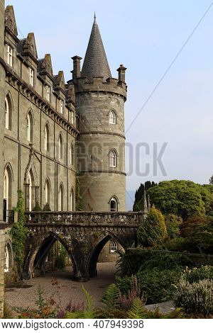 Inverary, Great Britain - September 12, 2014: This Is A One Of The Towers And Moat Bridge Of The Sco