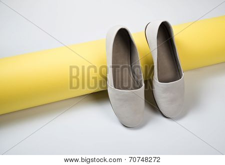 Woman Casual Gray Leather Shoes