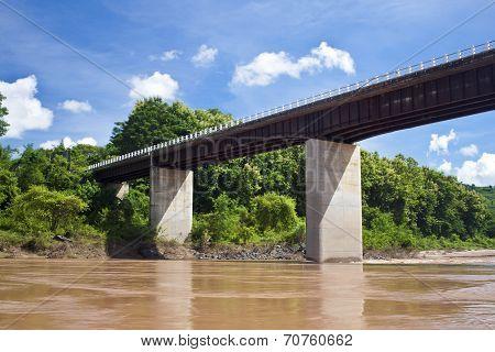 Bridge over Nam Ou river