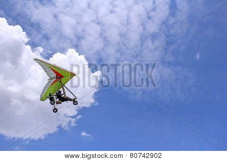 Flying Motorized Hang Glider