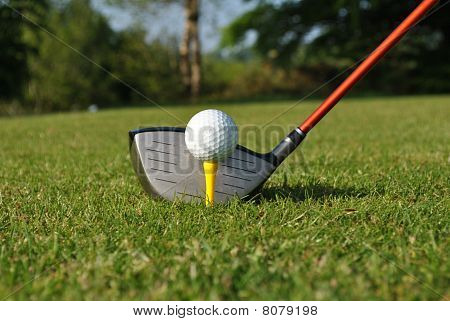 driver golf ball and tee