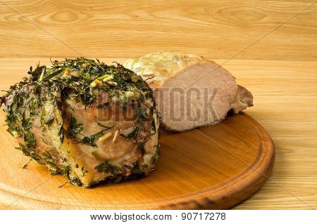 Meat Baked On A Round Board4.