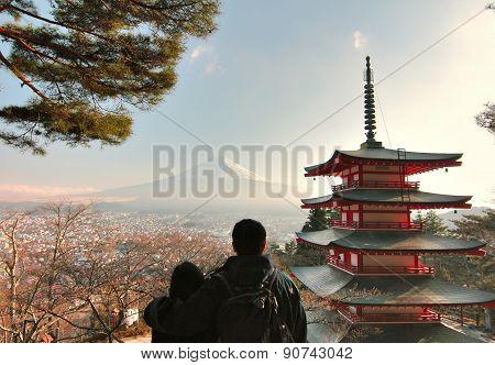 Sunset at Chureito Pagoda ,kawaguchiko ,Japan