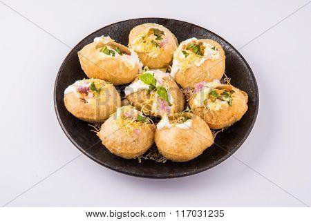 dahi puri indian chat item, dahi puri a very spicy punjabi indian appetizer
