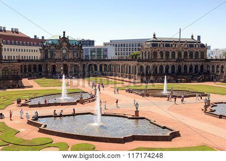 Park Zwingergarten With Glockenspiel Pavilion Inside The Palace Zwinger, Dresden