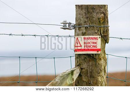 Electric Fence Danger Warning Sign