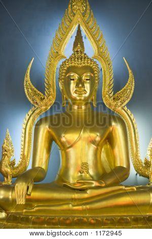 Buddha At Wat Benjamabopith