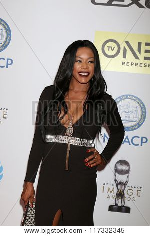 LOS ANGELES - FEB 5:  Golden Brooks at the 47TH NAACP Image Awards Arrivals at the Pasadena Civic Auditorium on February 5, 2016 in Pasadena, CA