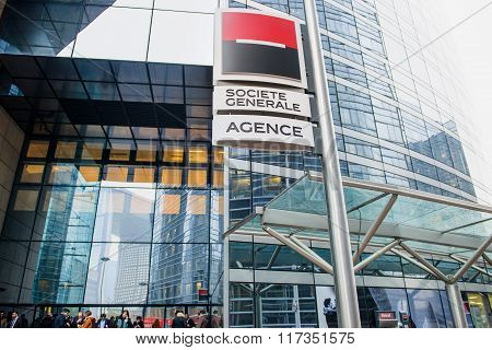 Societe Generale Bank Agency Filial With People Waiting