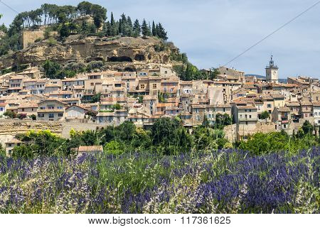Cadenet, Historic Town In Provence
