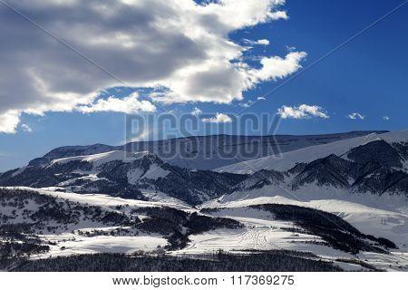 Snowy Sunlight Mountains At Sun Evening