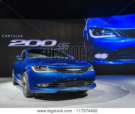 Chrysler 200 S