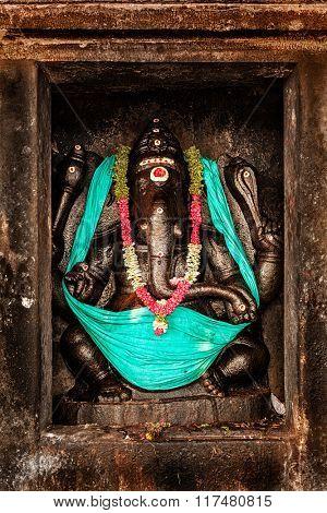 Hindu god Ganesha image, Brihadishwarar Temple, Tanjore (Thanjavur), Tamil Nadu, India