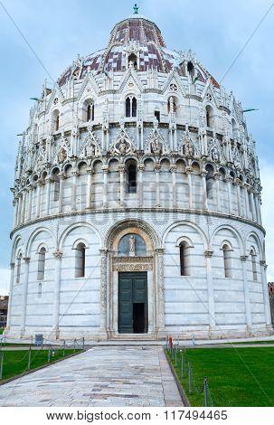 Pisa Baptistry (italy).