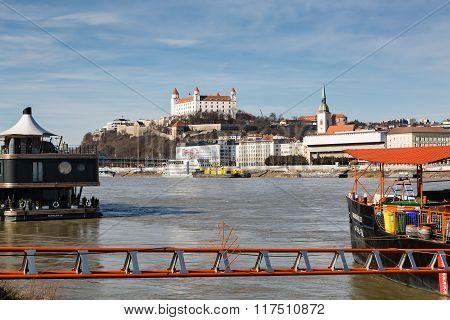 Bratislava, Slovakia - 07 February 2016: Bratislava Castle And St. Martin's Cathedral In Bratislava.