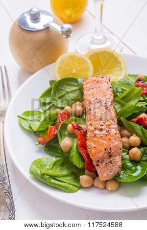 Grilled Salmon  with Spinach, Chickpea and Pepper Salad