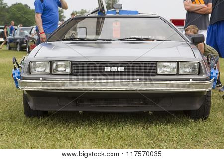 Delorean Dmc-12 Back To The Future Car Model Front View