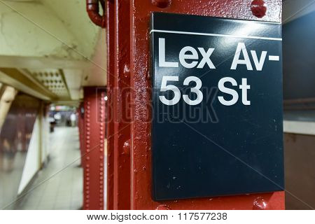 Lex Av - 53 Street Subway Station - Nyc