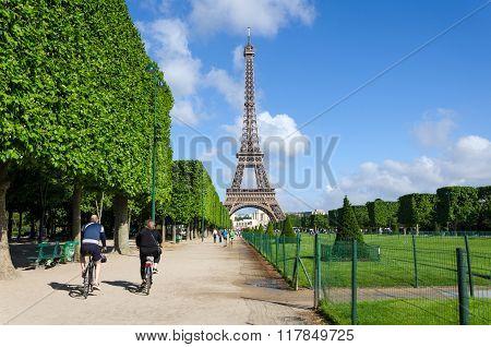 Paris, France - May 15, 2015: Parisian People Visit The Champs De Mars