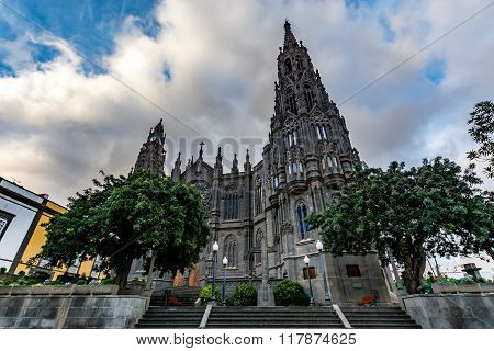 Cathedral in Arucas (Church of San Juan Bautista) on a cloudy day, Gran Canaria, Spain