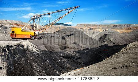 Dragline on open pit coal mine