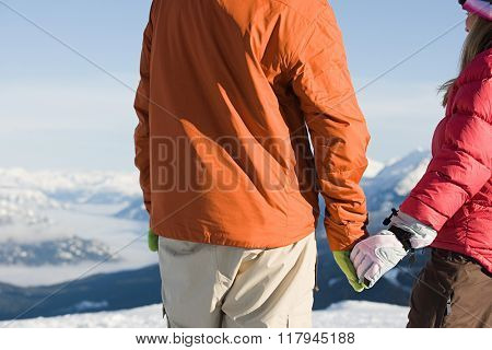 Skier couple