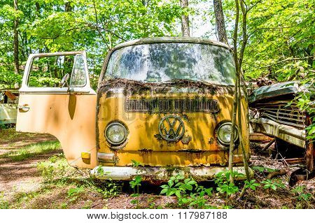 Old Volkswagon Bus