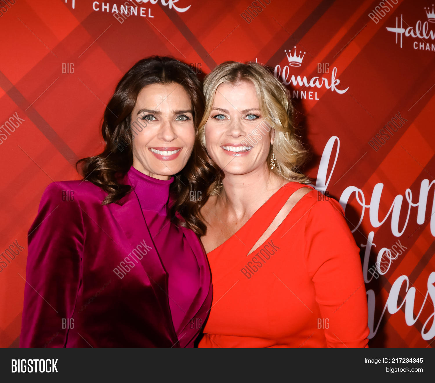 los angeles dec 4 kristian alfonso alison sweeney at the christmas at holly - The Christmas Lodge