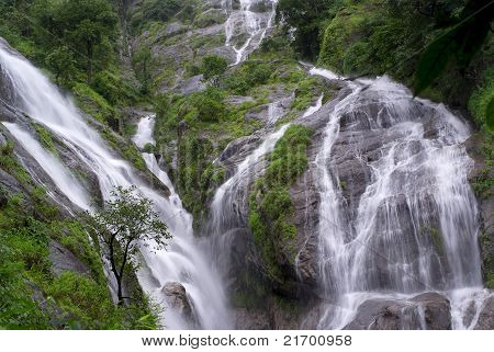 Pre Toh Lor Soo Waterfall in Tak province Thailand poster