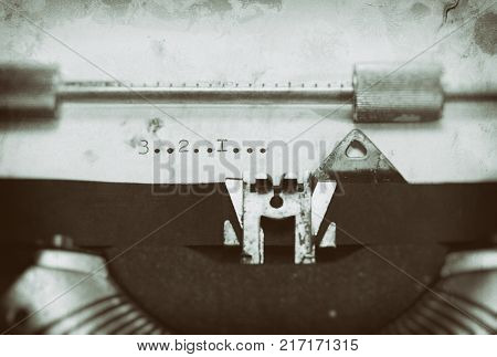 Typewriter with the phrase Typewriter with the phrase 3... 2.... 1....