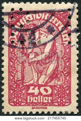 AUSTRIA - CIRCA 1920: A stamp printed in Austria is shown Allegory of New Republic circa 1920