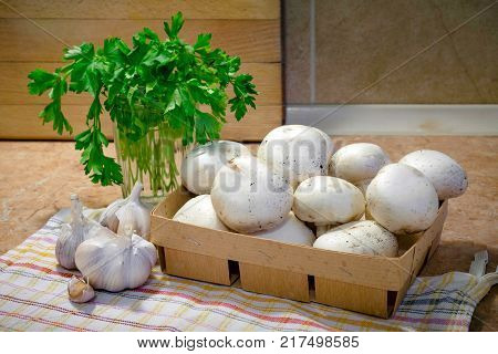 Thinly Sliced Champignons And Cooked With Oil, Garlic And Parsley