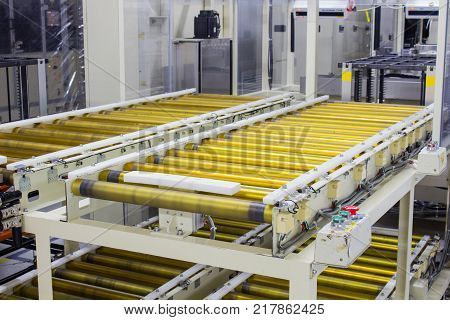 The conveyor chain and conveyor belt on production line in clean room.