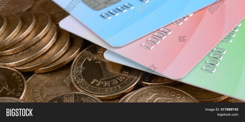 кредитная операция заем 5 букв