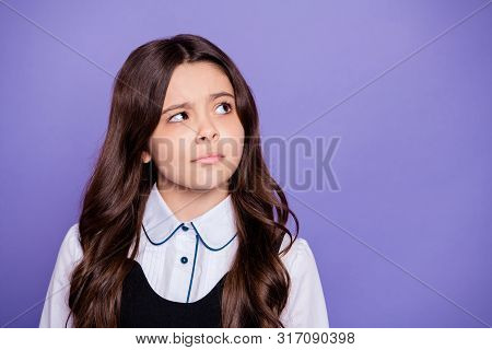 Close-up Portrait Of Her She Nice-looking Attractive Winsome Doubtful Clever Smart Brainy Wavy-haire