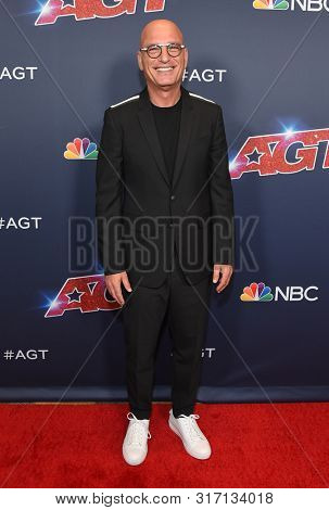 LOS ANGELES - AUG 13:  Howie Mandel arrives for the America's Got Talent' Season 14 Red Carpet on August 13, 2019 in Hollywood, CA