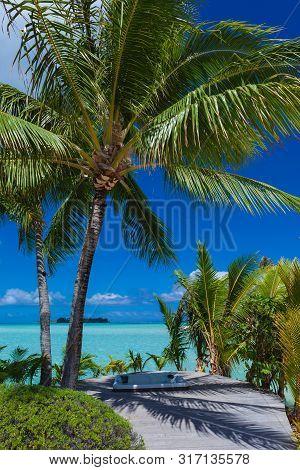 Tropical Paradise Island Getaway In Bora Bora, Tahiti