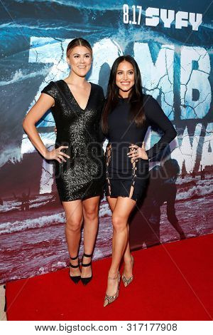 LOS ANGELES - AUG 12: Lindsey Shaw, Cassie Scerbo at the Premiere Of SyFy's