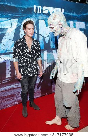 LOS ANGELES - AUG 12: Ricardo Hurtado, Water Zombie at the Premiere Of SyFy's