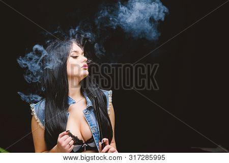 Girl Vaping. Hookah Bar. Electronic Cigarette. Fashion Girl Vaping. Relaxing With Hookah. White Clou