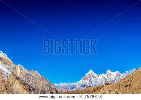 Goro Ii Concordia Peak On The Way To K2