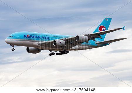 Frankfurt / Germany - August 18, 2013: Korean Air Airbus A380 Hl7611 Passenger Plane Landing At Fran