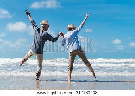 Asian Couple Senior Elder Retire Resting Relax At Sunset Beach Honeymoon Family Together Happiness P