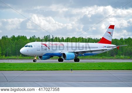 Saint Petersburg, Russia - May 11, 2016. Austrian Airlines Airbus A320 Aircraft -registration Number