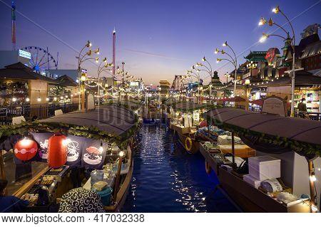 Dubai Uae, Dec 16 2020 Beautiful View Of The Bangkok Floating Markets Selling Exotic Thai Food In Th