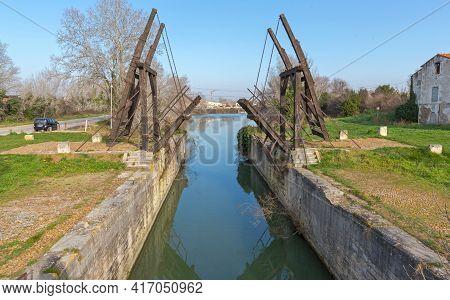 Arles, France - January 29, 2016: Pont Van Gogh Langlois Bridge Landmark Near Arles, France.