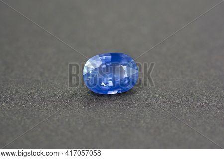 Cornflower Blue Natural Sry-lanka Precious Sapphire Ceylon. Oval Faceted, Gentle Heat, Eye Clean, Vv