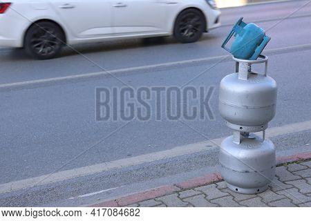 Gas Cylinder Column, Gas Cylinder Sales Signpost, Background, April, 2021