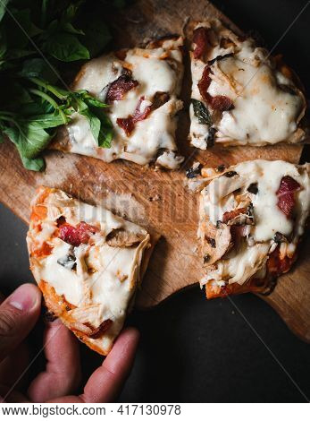 Tasty And Delicious Pizza Fast Food Fresh And Healthy Pizza Lunch Dinner Breakfast Background Slices