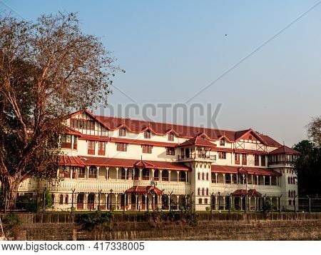 The Royal Bombay Yacht Club Or Old Yacht Club Is One Of The Premier Gentlemen Clubs Having Colonial